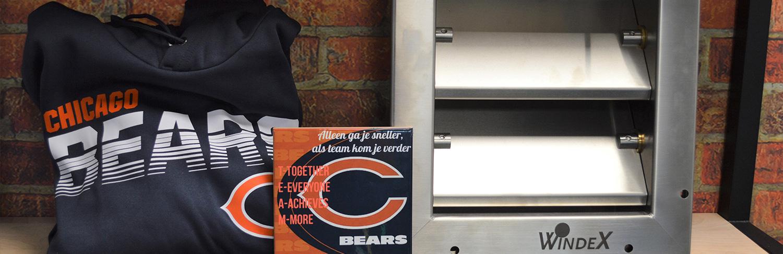 De beer is los bij de Chicago Bears!
